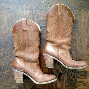 Classic Cowboy Boots in 2 Tone Embroidered Leather